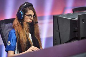Overwatch eSport Woman