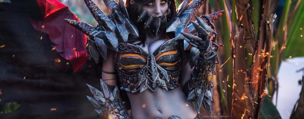 World of Warcraft: So viel Arbeit steckt im Deathwing-Cosplay!