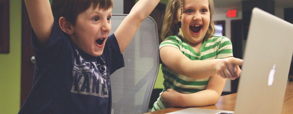 7-Jähriger muss dringend mehr spielen, fliegt sonst von der Schule