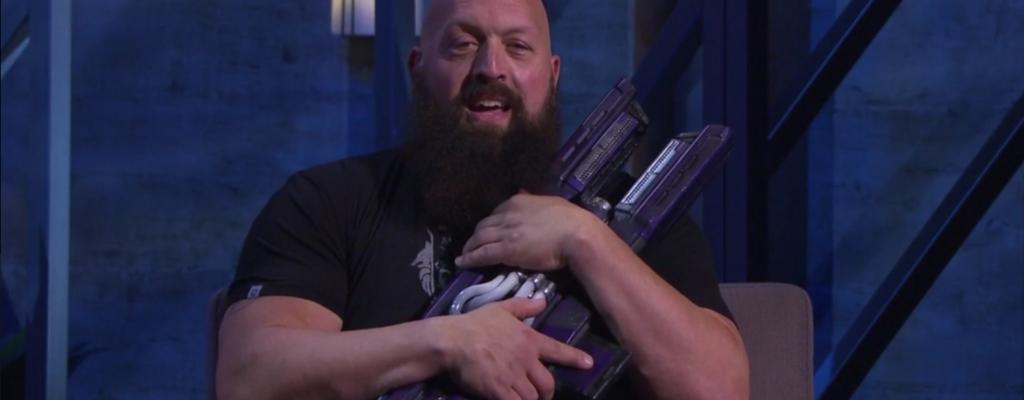 """Destiny 2: Exotische Waffe """"Cold Heart"""" macht 167-kg WWE-Star glücklich"""