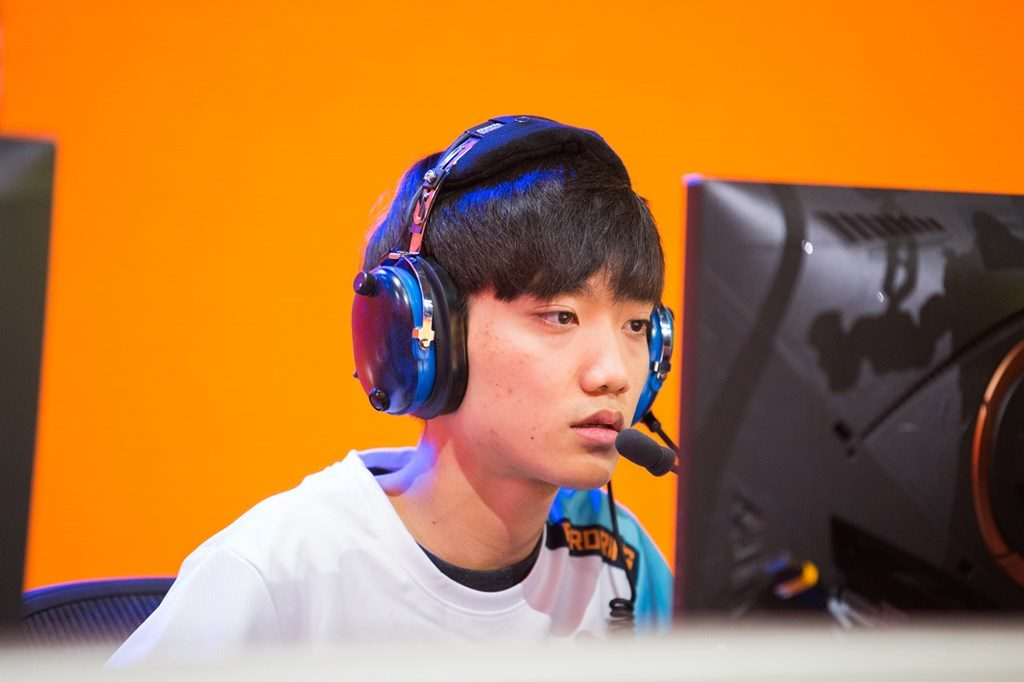 Overwatch League London Spitfire Ji-hyuk birdring Kim