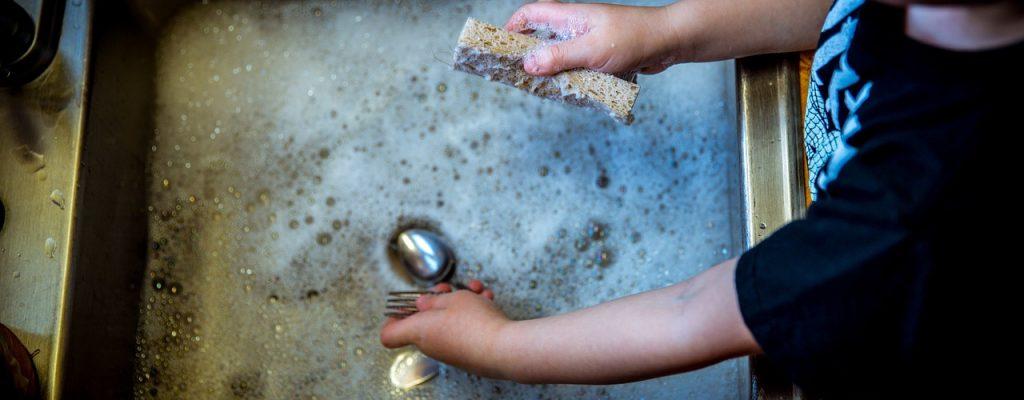 In China könnten sich Kinder mit Abwaschen bald Gaming-Zeit verdienen