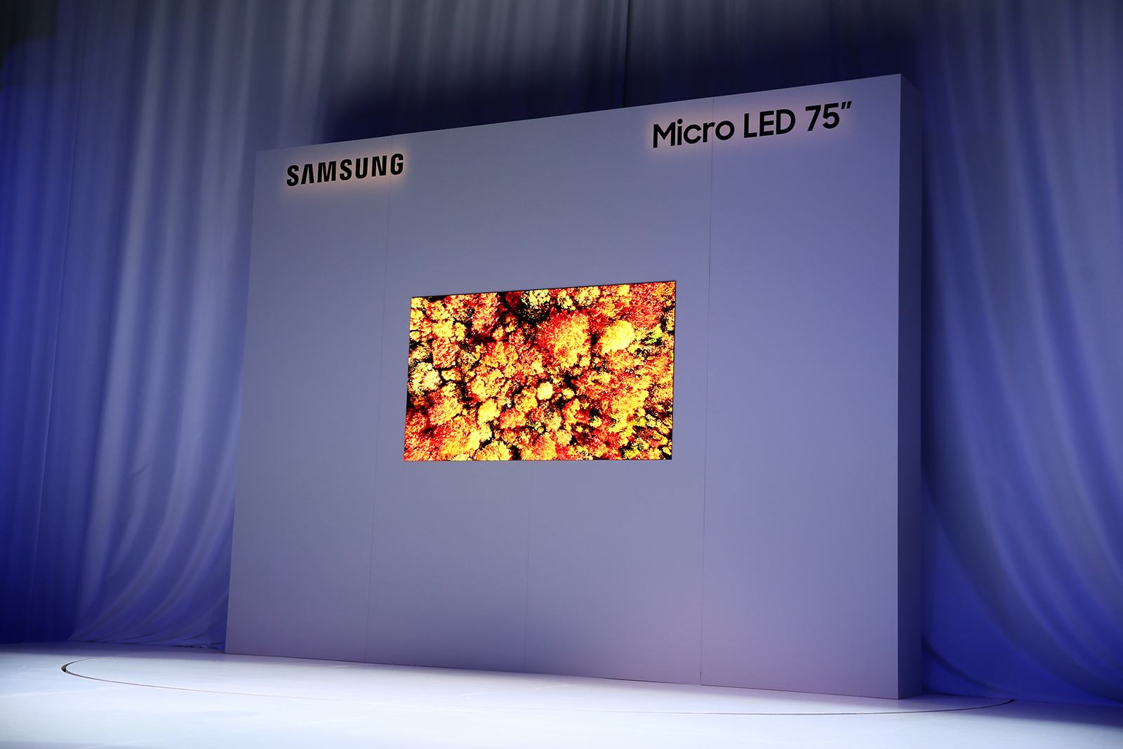 Samsung-FL2019_Micro-LED-75_Unveil-Stage