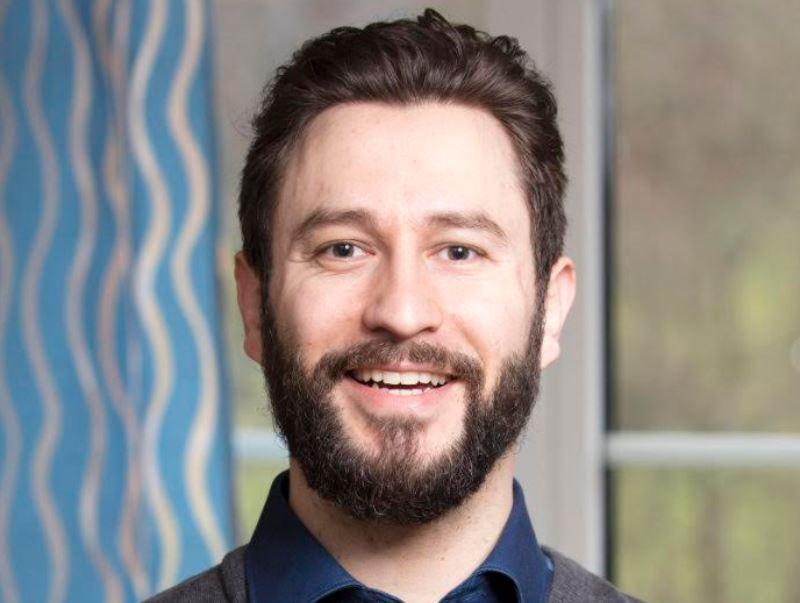Karl Brühwiler - Experte für Gaming-Sucht und zertifizierter Psychologe