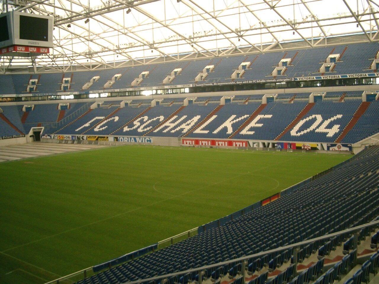 LoL: Schalke kauft keinen LCS Platz – will aber in den eSport