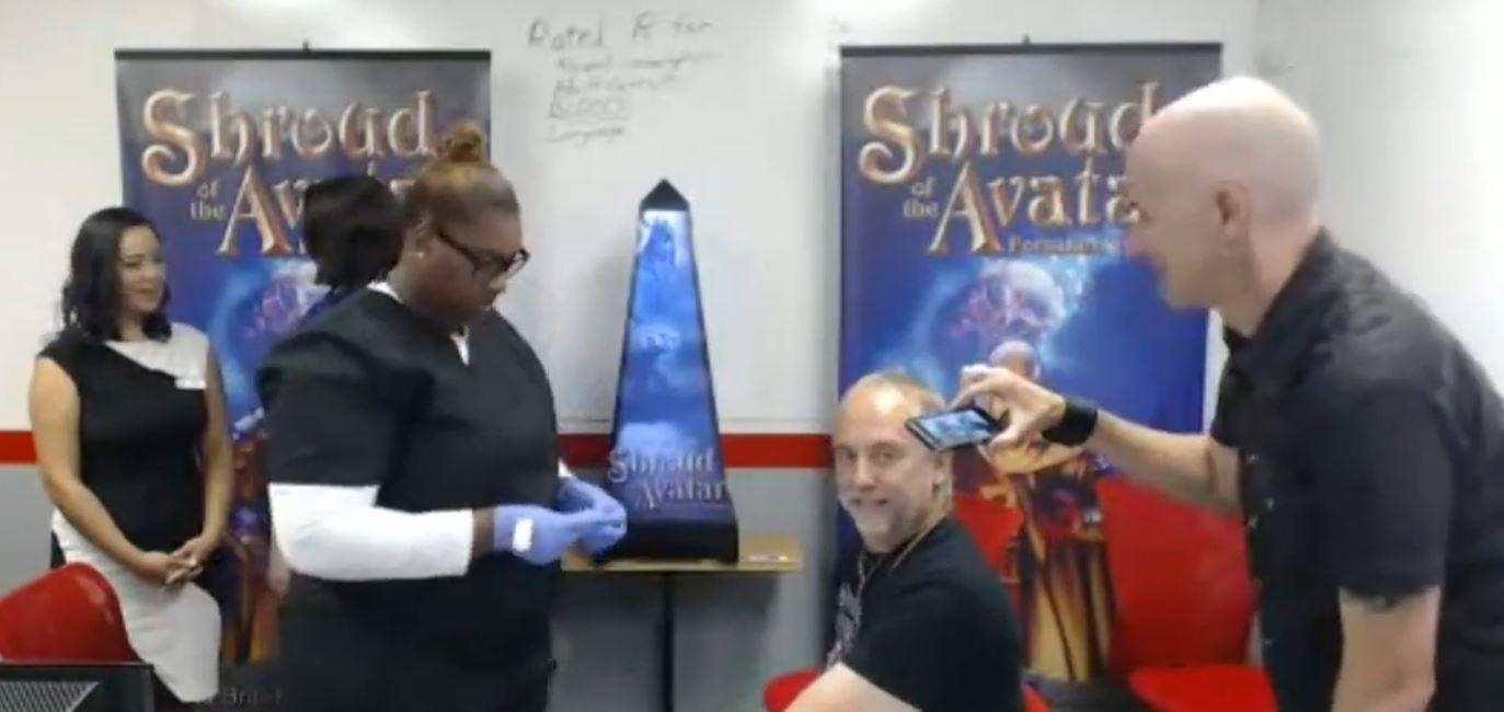 Richard Garriott verkauft sein Blut für Shroud of the Avatar!