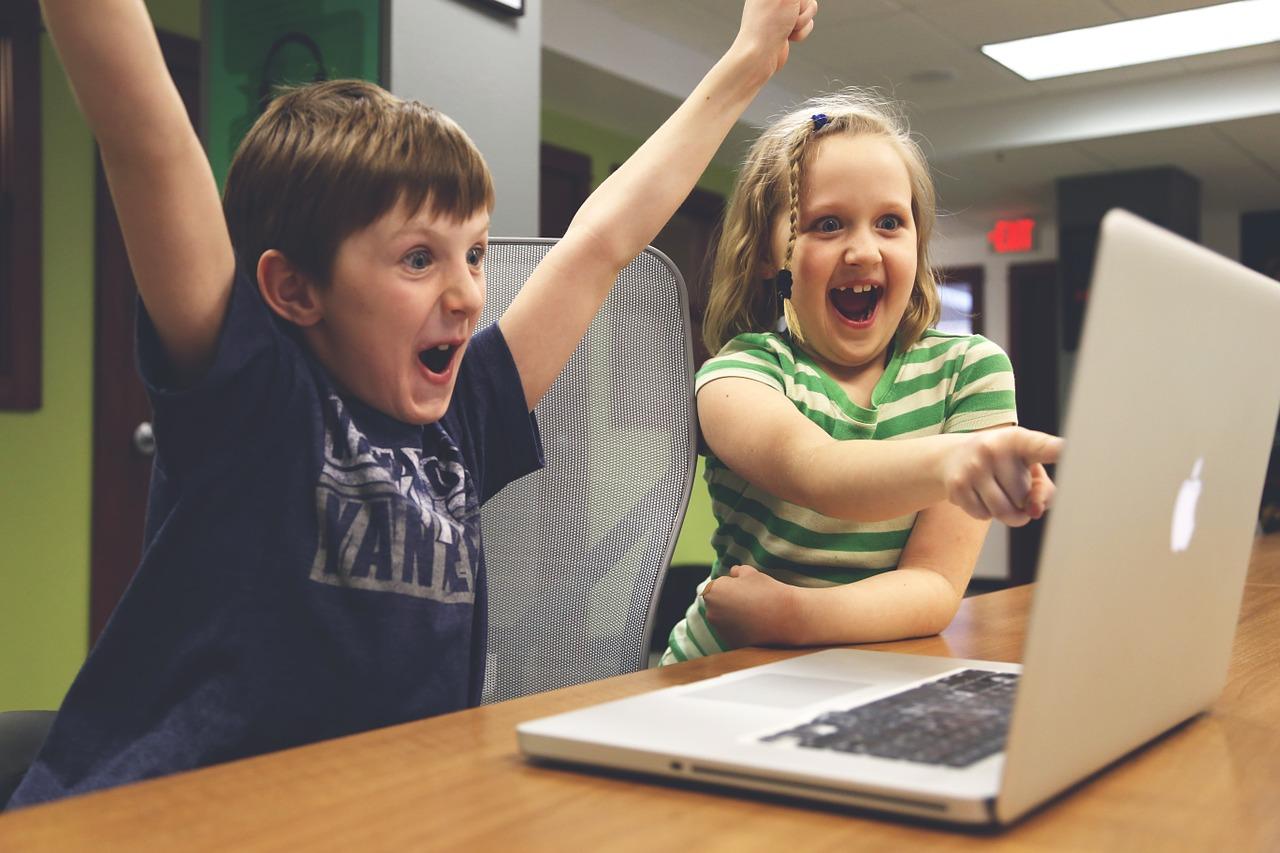 Zocken macht klug, Social Media machen dumm – behauptet eine Studie