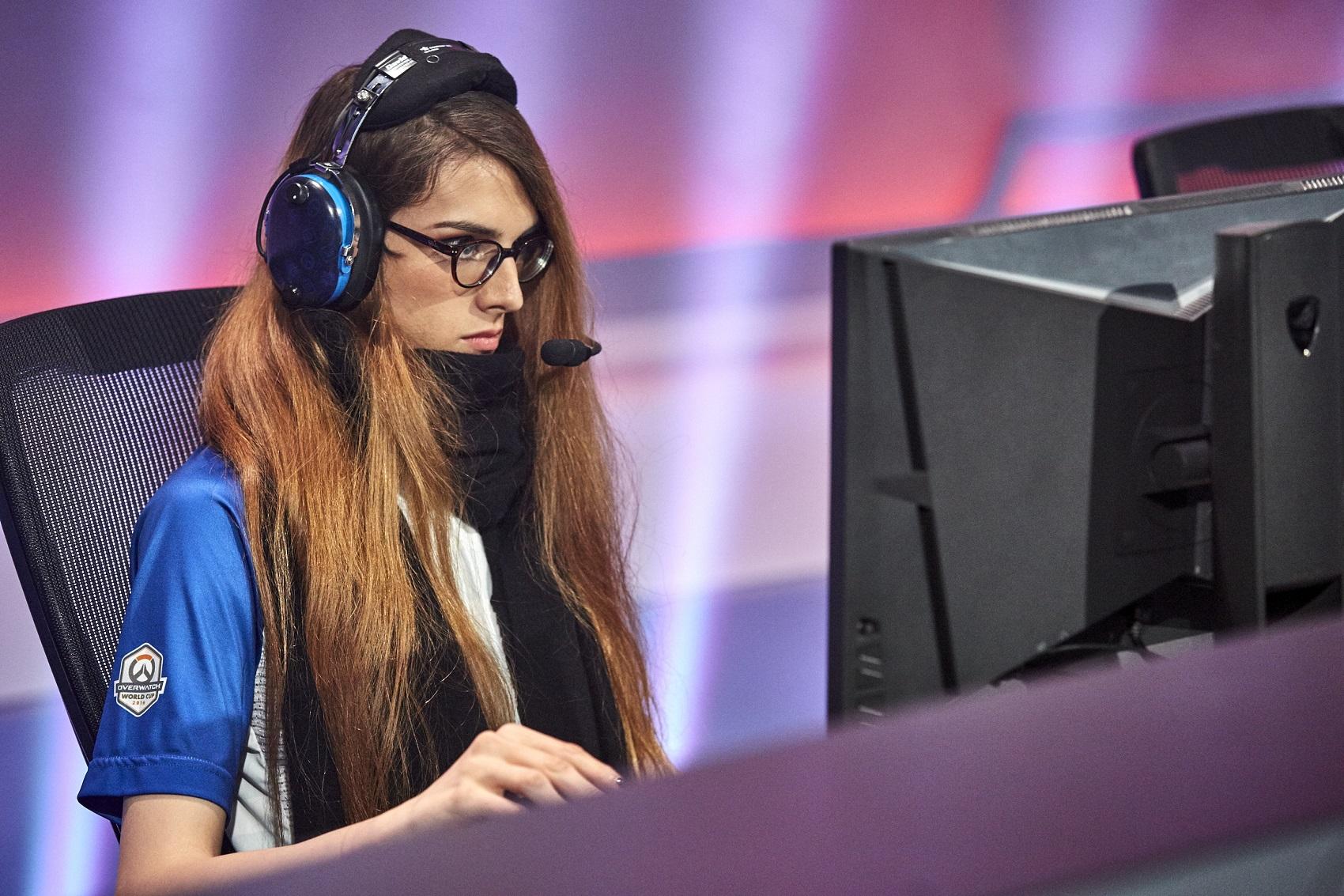Overwatch: Frauenpower – College gründet eSports-Team nur aus Frauen