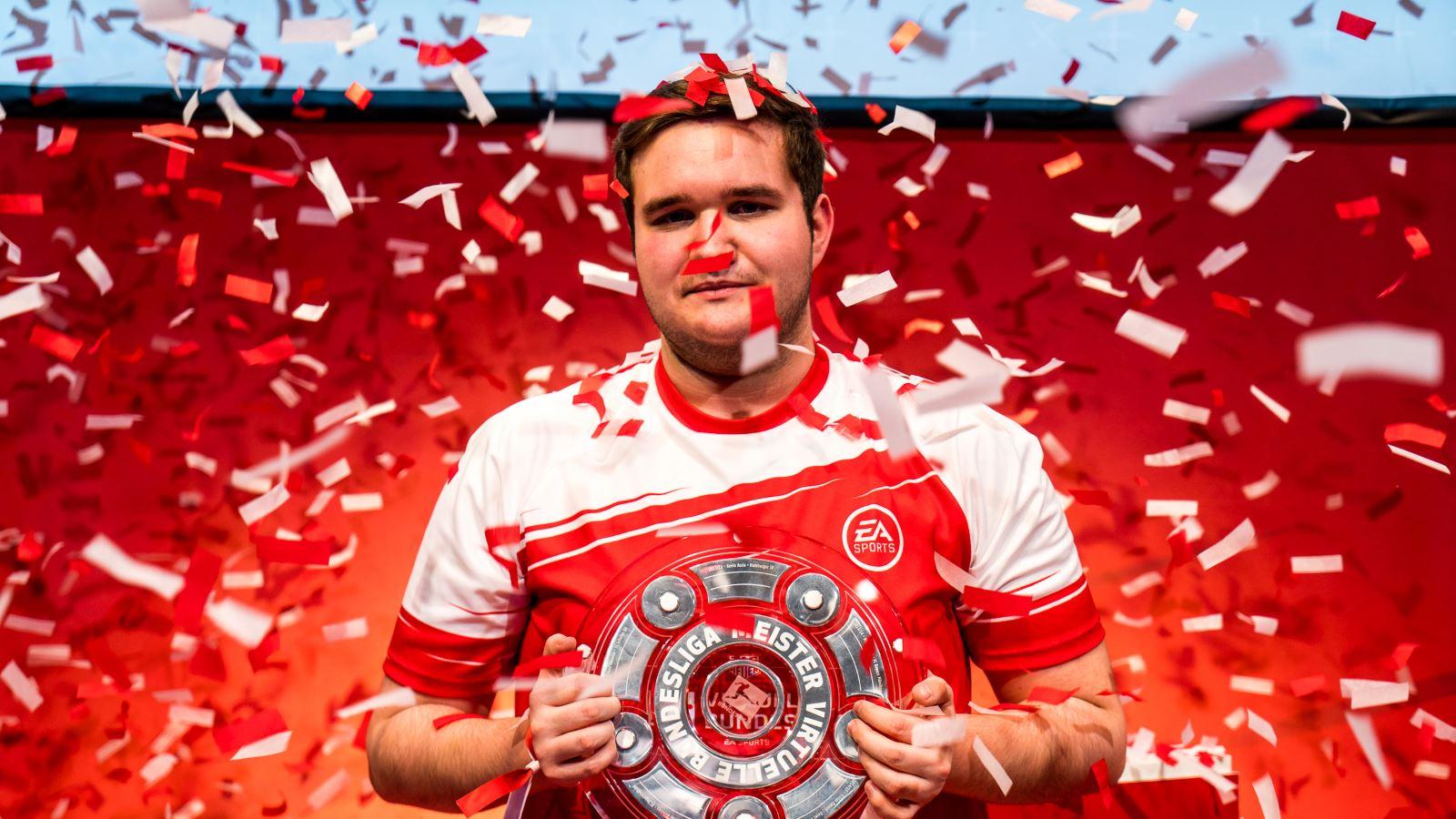 Profi gewinnt Bundesliga in FIFA 18 mit starkem Pressing – So geht's