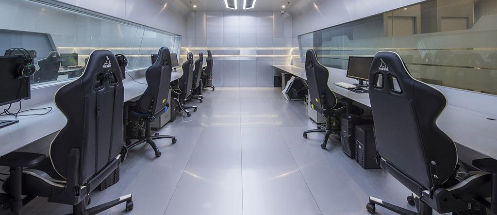 League of Legends, PUBG: Das Team von OMG trainiert in einer Art Raumschiff