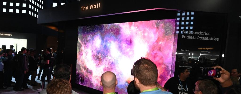 """Samsung zeigt """"The Wall"""", seinen irrwitzigen 5 Meter-Fernseher"""