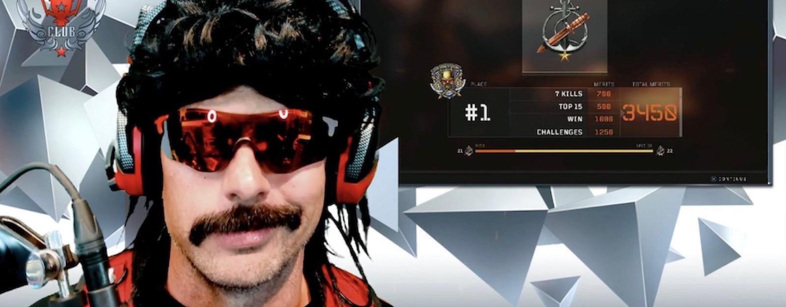 Twitch-Star DrDisrespect verspottet sich selbst im Stream und merkt es nicht