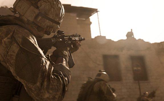 Call of Duty Modern Warfare Soldaten Titel Stürmen Sand