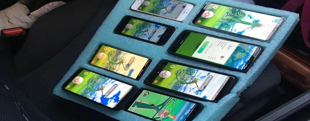Pokémon GO: Polizei erwischt irren Spieler mit 8 Handys in seinem Auto
