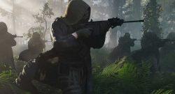 Ghost Recon Breakpoint Wolves durchschreiten einen Wald mit Waffen Titel