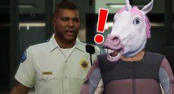 GTA Online Pferd Kopf Polizist Ausrufezeichen Titel