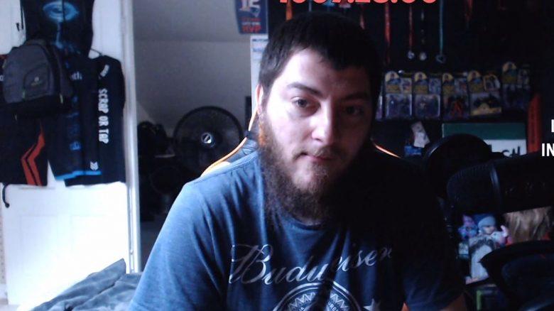 Streamer ist seit 1068 Stunden live auf Twitch, weil er Angst hat, allein zu sein