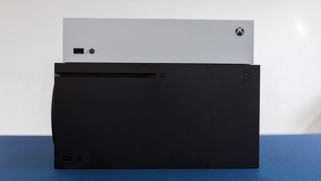 Xbox Series X Series X liegend GamePro