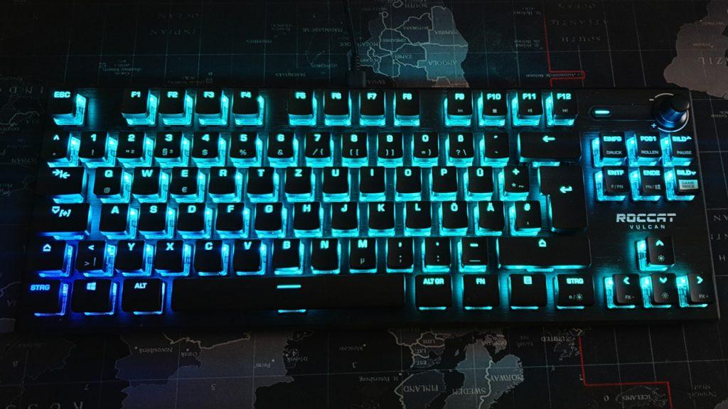 Roccat Vulcan TKL Pro Tastatur leuchtend