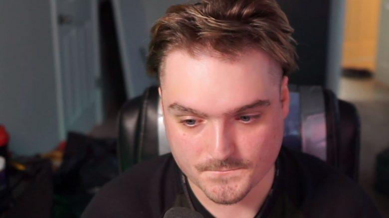 Streamer sieht bei Leak so furchtbar aus, dass er mit Twitch aufhört und abhaut