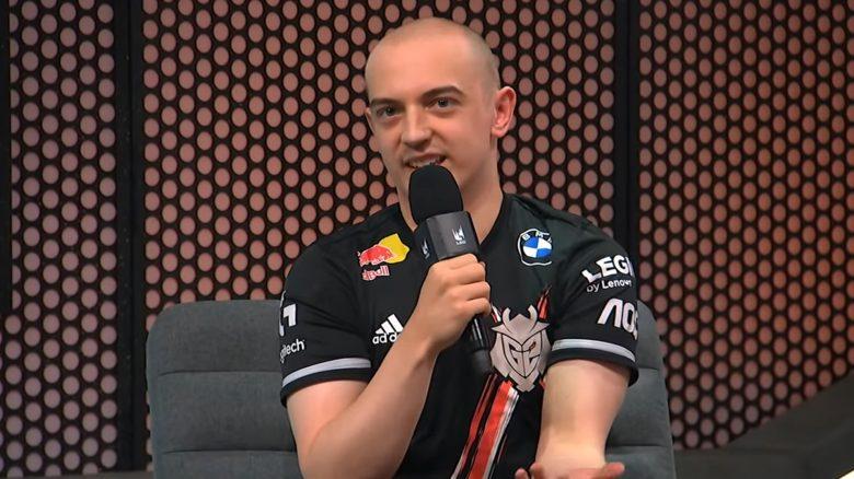 LoL: Bester Spieler Europas schneidet sich Glatze, um sein Team zu retten – Und der Quatsch klappt