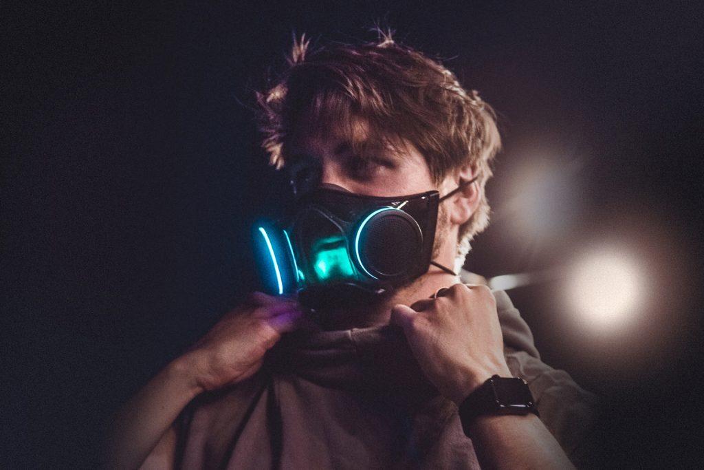 Razer Zephyr Maske RGB Gesicht